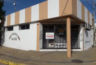 Local en zona céntrica de Roque Pérez, pcia de Bs As.