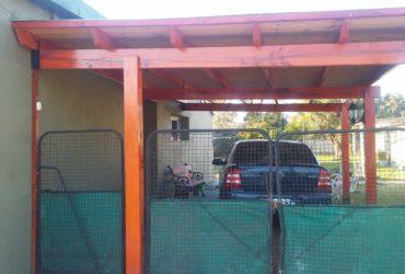 Casa En Del Carril Mas Local Comercial Ideal Cambio De Vida-400 U$S x m2 cubierto